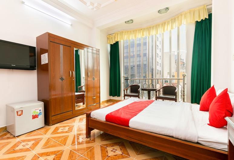 OYO 523 Phuc Khanh Hotel, Ho Chi Minh City, Deluxe Quadruple Room, Guest Room