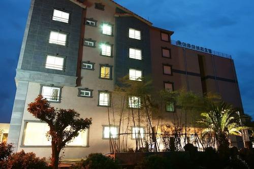 城山海灘酒店/