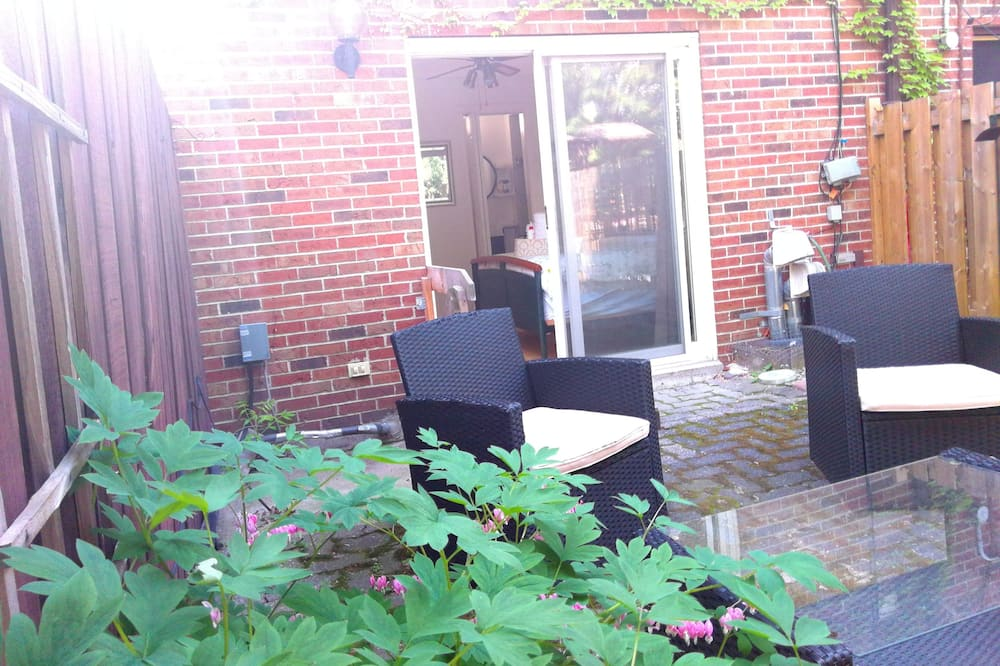 Family Townhome, 3 Bedrooms - Garden View