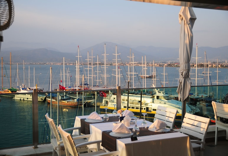Alesta Yacht Hotel, Fethiye, Açık Havada Yemek