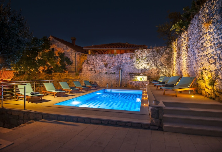 California Apartments, Dubrovnik, Piscina externa