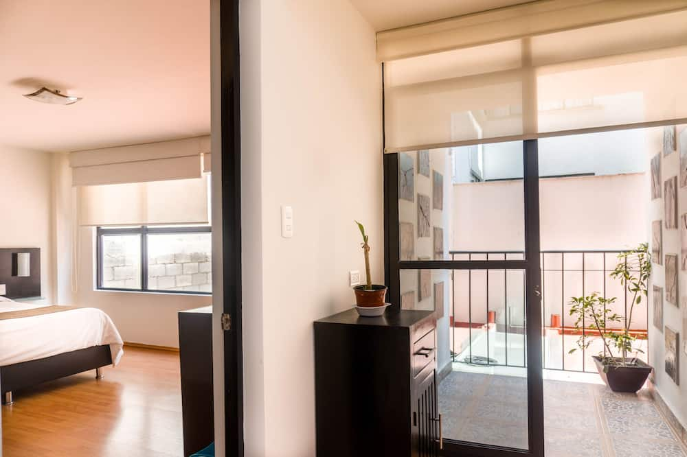 Deluxe Apartment, 1 Bedroom, Terrace, City View - View from room