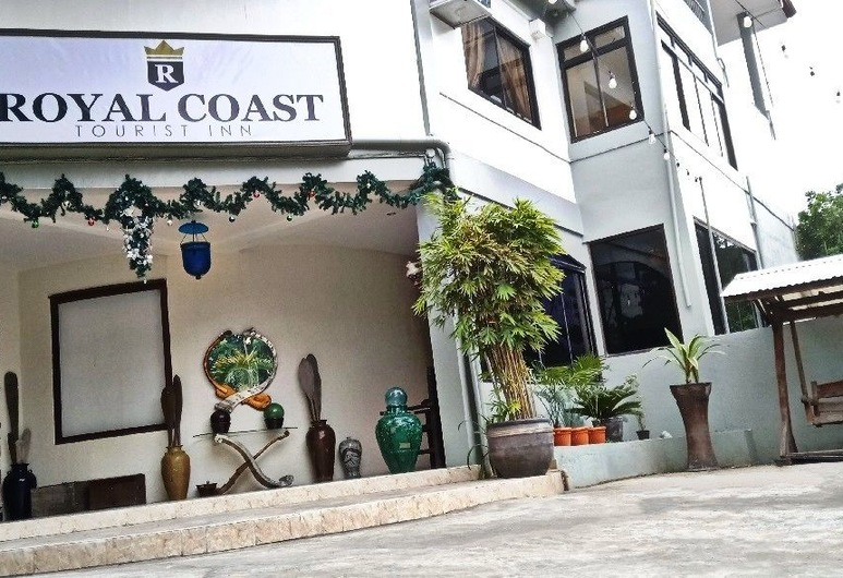 Royal Coast Tourist Inn and Restaurant, Tagbilaran, Hotel Front