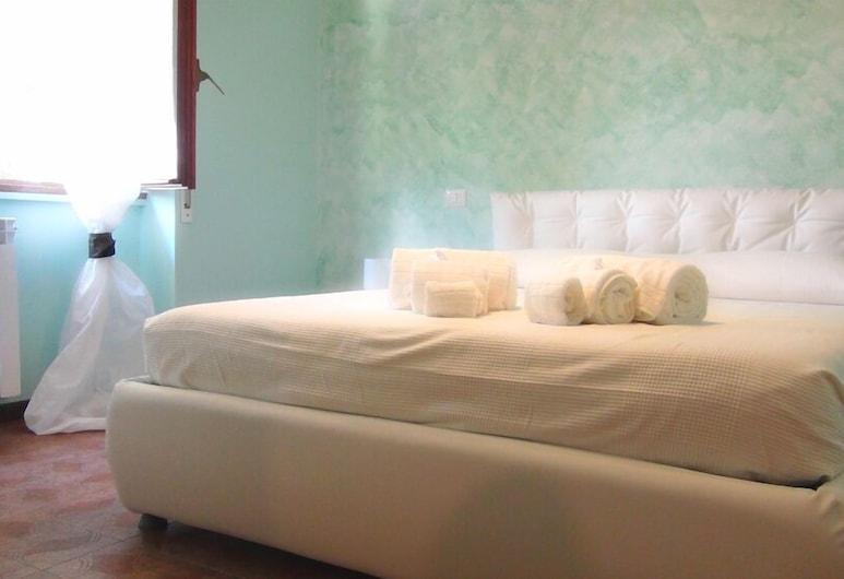 綠地小屋, 羅馬, 雙人房, 1 間臥室, 共用浴室, 客房景觀