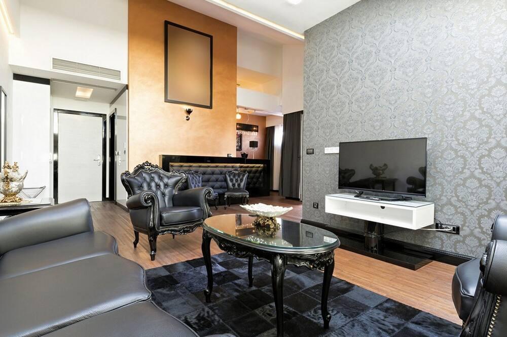 Luxury Suite, 1 Bedroom - Living Room