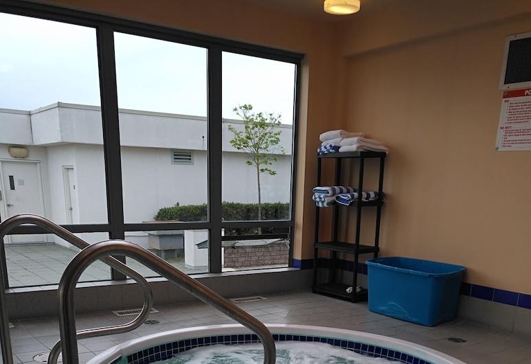 Vancouver Airport Condos, Richmond, Indoor Spa Tub