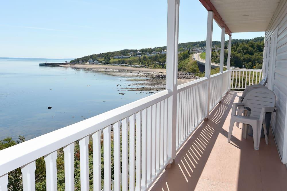 Standarta numurs, 2 divguļamās gultas, skats uz okeānu - Balkons