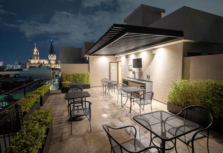Six Hotel Guadalajara Expiatorio, Guadalajara, Terraza o patio