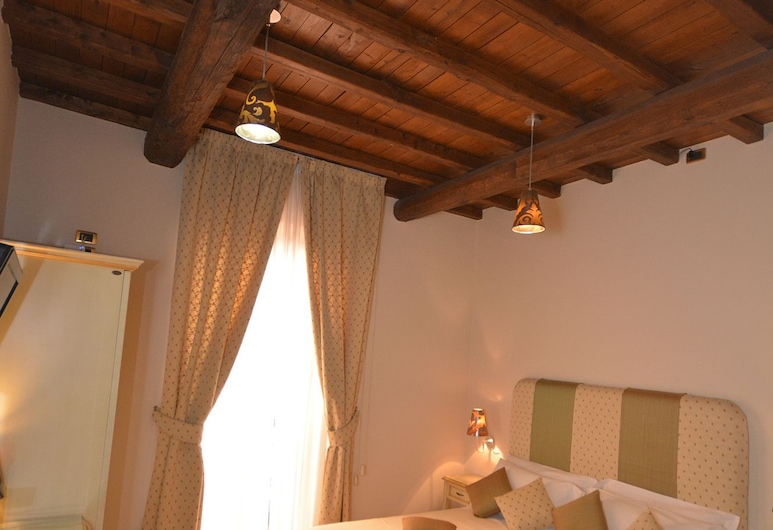 Rhona's Rooms, Rome, Double or Twin Room, Guest Room
