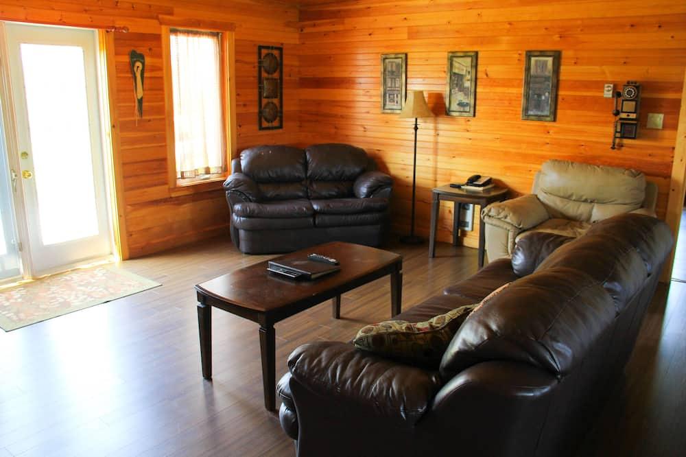 行政平房, 5 間臥室 - 客廳