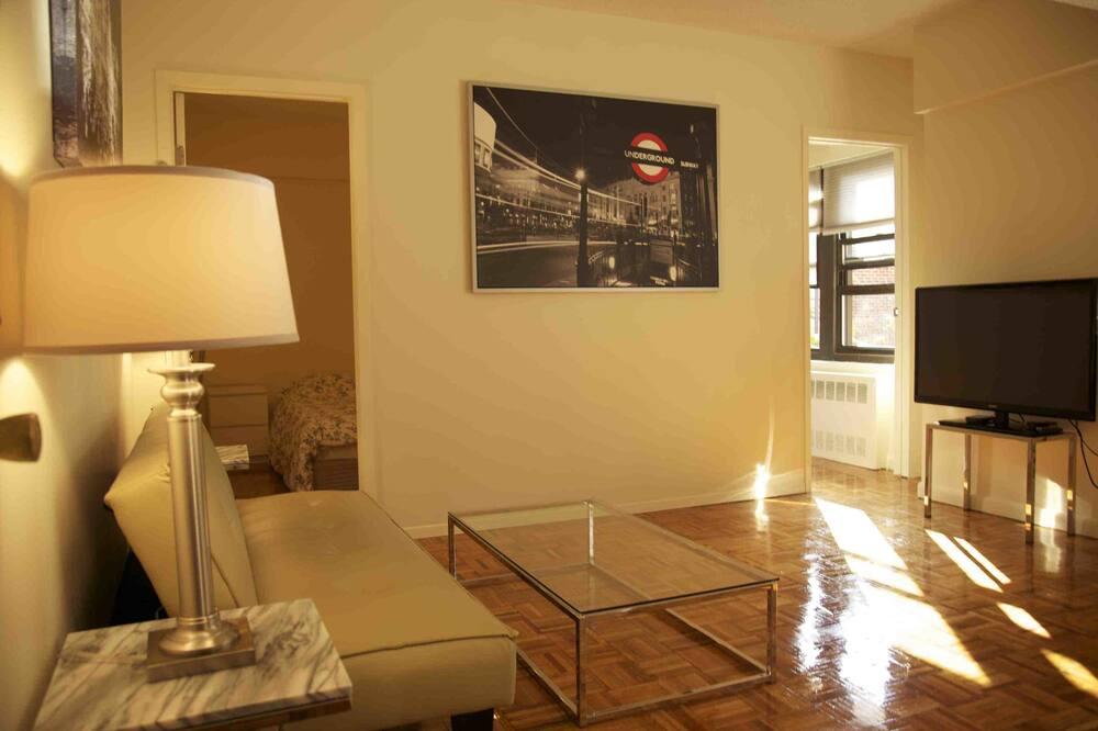 Standard Apartment, 2 Bedrooms, Corner - Living Area