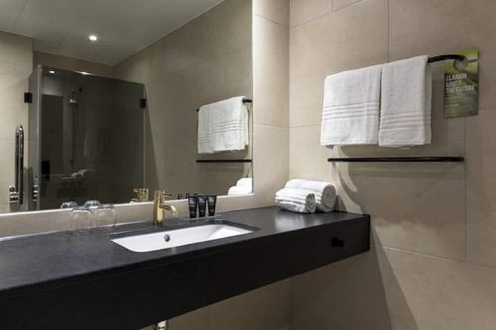 Phòng Tiêu chuẩn (Double/Twin) - Phòng tắm