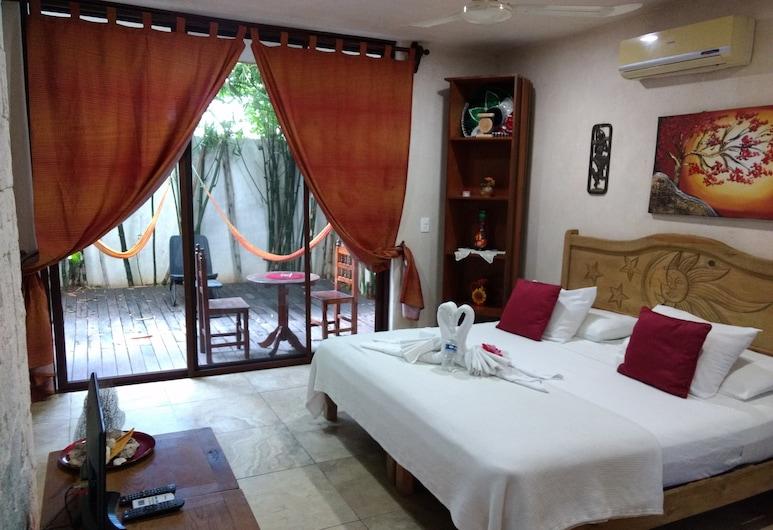 Playa Natural, Playa del Carmen, Superior Suite, 1 King Bed, Garden Area, Guest Room