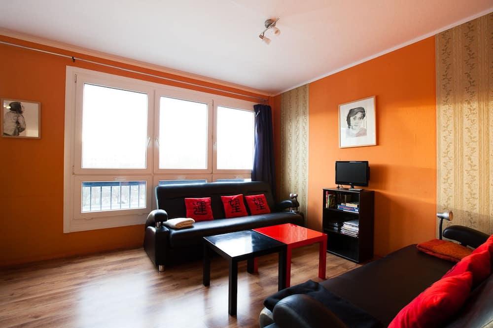 传统别墅, 4 间卧室, 城市景观 - 起居室