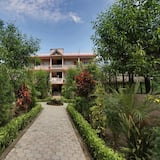 Basic Double or Twin Room, Private Bathroom, Garden View - Garden View