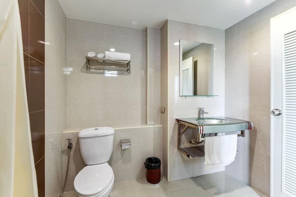 Superior szoba két külön ággyal, 2 egyszemélyes ágy - Fürdőszoba