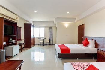 Picture of OYO 139 V.Resotel Hotel in Nonthaburi