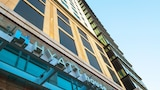 Choose This Mid-Range Hotel in Denver
