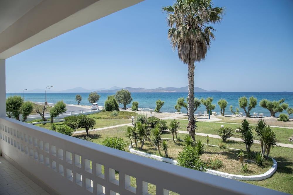 شقة - بمنظر للبحر - شُرفة