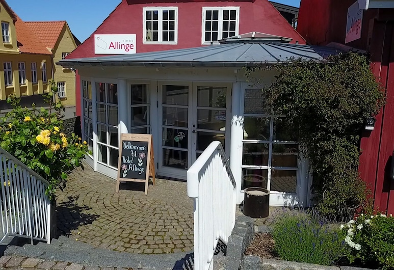 Hotel Allinge, Allinge, Hotellets facade