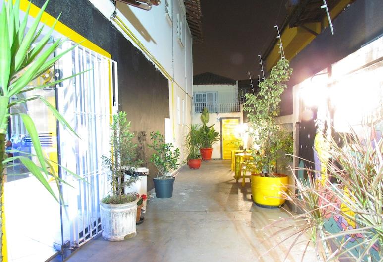 Vila Rock Hostel, São Paulo, Terassi/patio