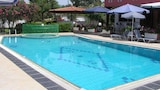 Choose This Cheap Hotel in Mylopotamos