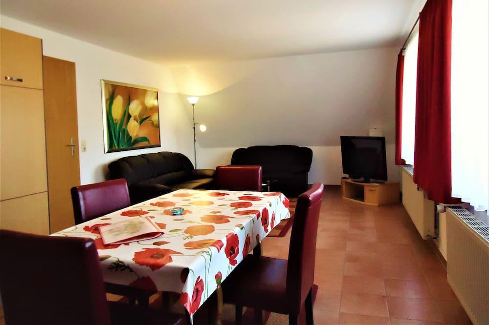 Condo (#4) - In-Room Dining