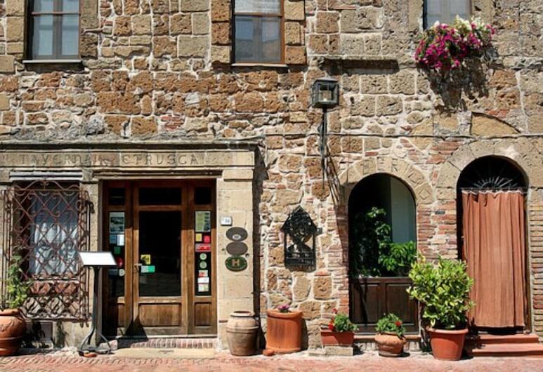 Locanda della Taverna Etrusca, Sorano, Hotellin sisäänkäynti