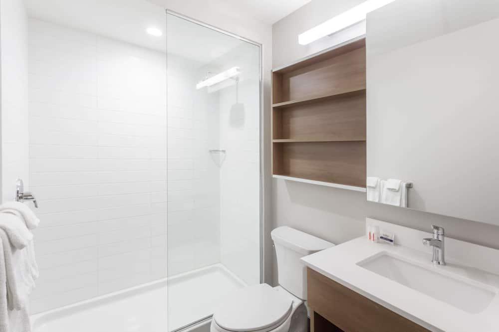 Suite, 2 queensize-senger, ikke-røyk, kjøleskap - Bad