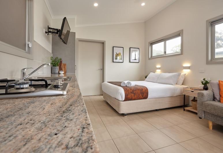 BIG4 Launceston Holiday Park, South Launceston, Studio, Living Area