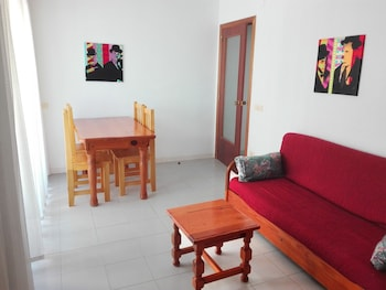 Picture of Apartamentos Oropesa Playa 3000 in Oropesa del Mar