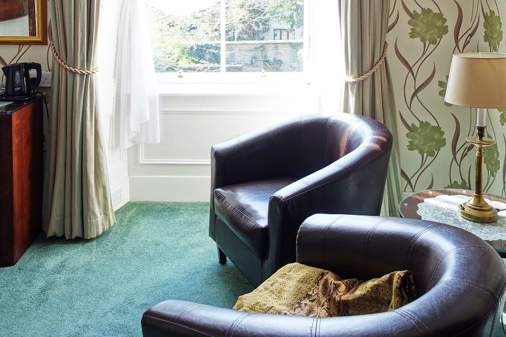 Double Room, Ensuite - Living Area