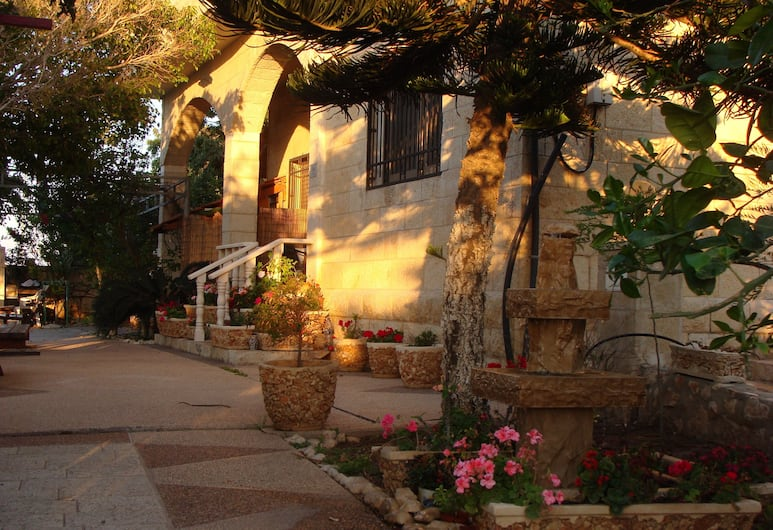 Tamer guest house, Haifa, Exterior
