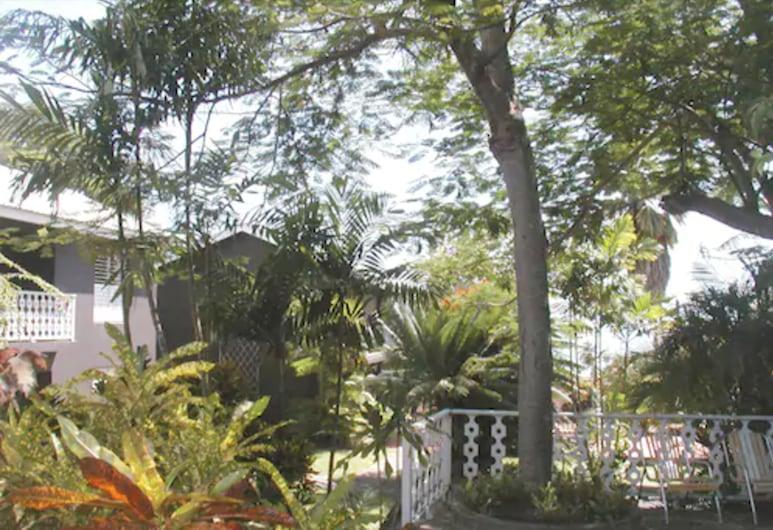 パラダイス ヴィラズ, ブリッジタウン, 庭園