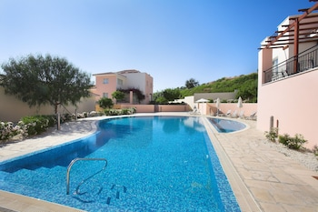 Picture of Chloraka Terrace Apartments in Paphos