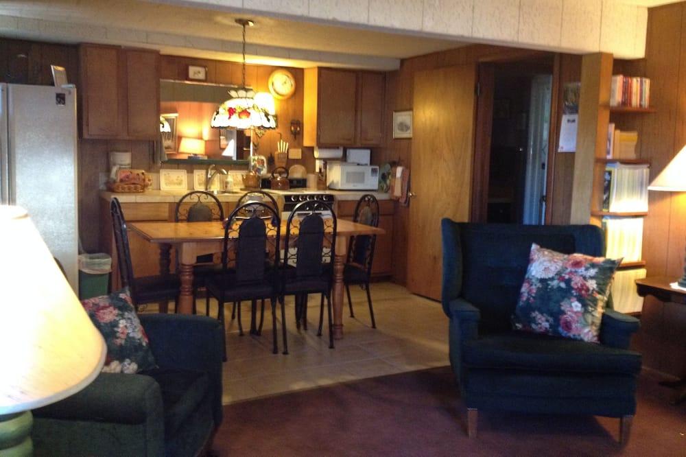 Suite, 1 Bedroom (Hunter) - Tempat Makan dalam Bilik