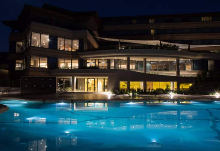 A.Roma Lifestyle Hotel, Rome, Hotel Front – Evening/Night