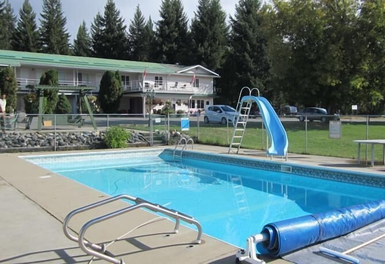 Clearwater Country Inn & RV Park, Clearwater, Wasserrutsche