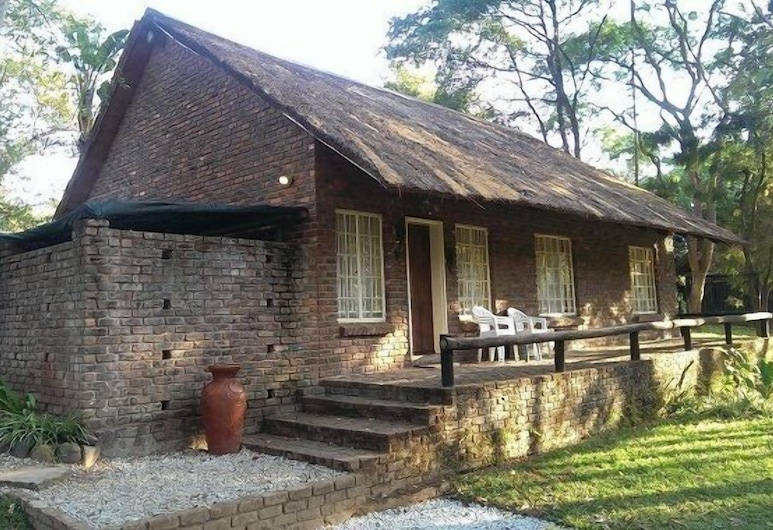 Kwambali Riverside Lodge, Hazyview, Traditional Cottage, 1 Bedroom, River View, Room