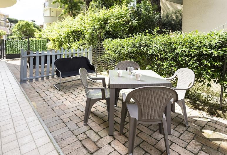 Residence del Sole, Rimini, Appartamento, 2 camere da letto, sul cortile, Terrazza/Patio