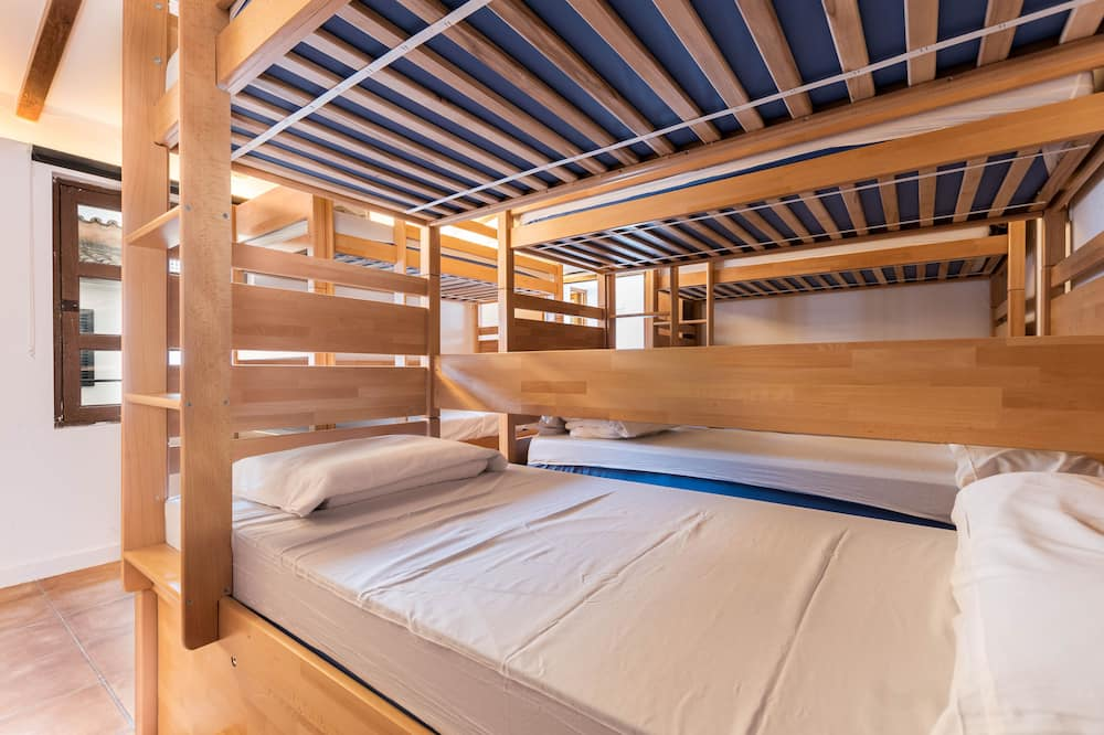 Shared Dormitory (1 bed in a 10 bed dorm) - Guest Room