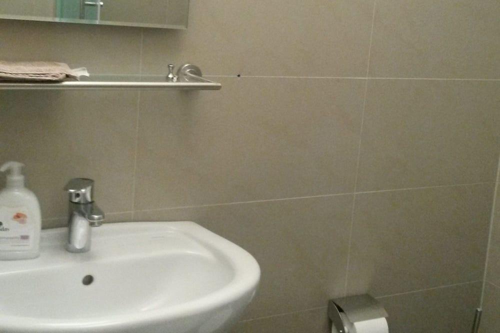 Appartement Classique, 1 chambre, coin cuisine, vue ville - Salle de bain