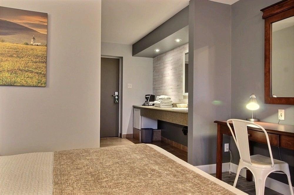 Standard Δωμάτιο, 2 Queen Κρεβάτια - Περιοχή καθιστικού
