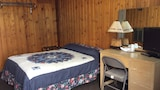 Choose this Motel in East Glacier Park - Online Room Reservations