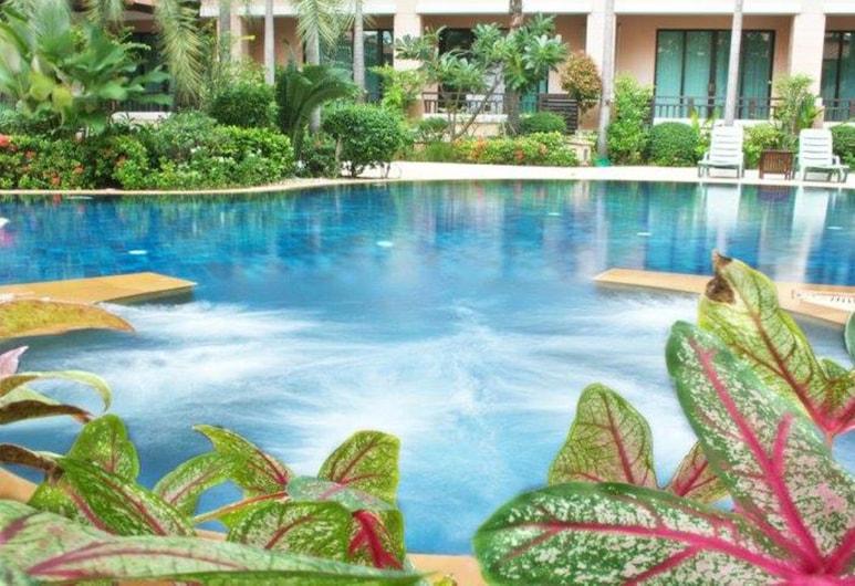 Lecasa Bangsaen Hotel, Chonburi, Outdoor Pool