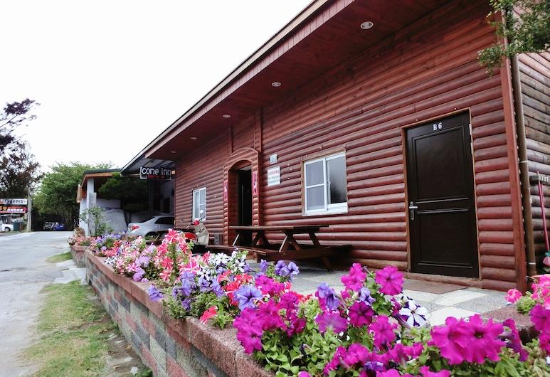 興吉小木屋, 恆春鎮, 花園