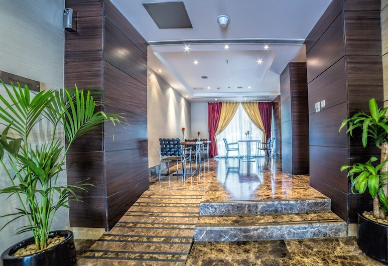 Executive Suites by Mourouj Gloria,Superior Hotel Apartments, Abu Dhabi, Dineren