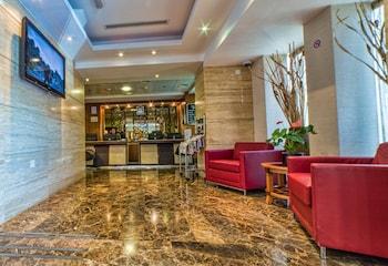 Foto del Executive Suites by Mourouj Gloria,Superior Hotel Apartments en Abu Dabi