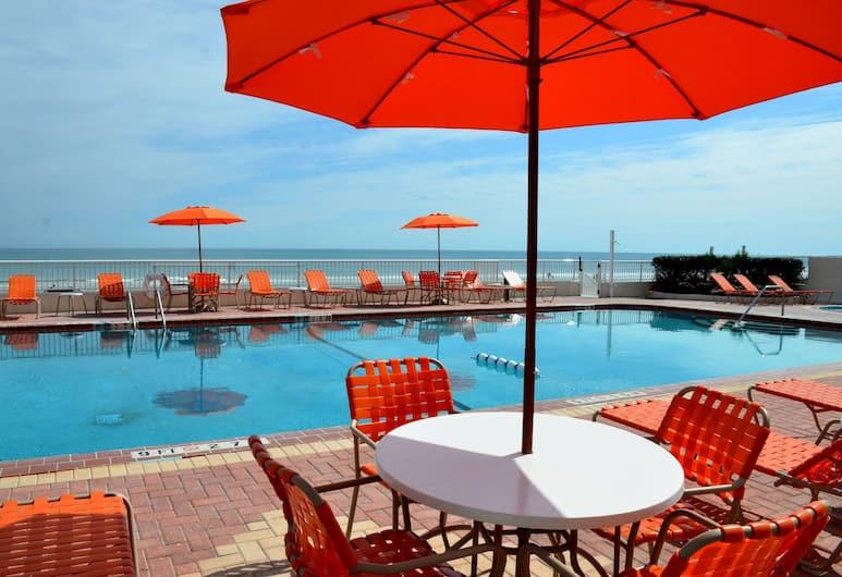 Best Western Plus Daytona Inn Seabreeze Oceanfront, Daytona Beach, BBQ/Picnic Area