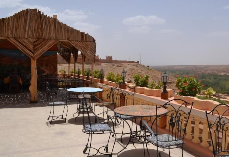 Hotel Restaurant Al Manader, Boumalne Dades, Terrasse/veranda